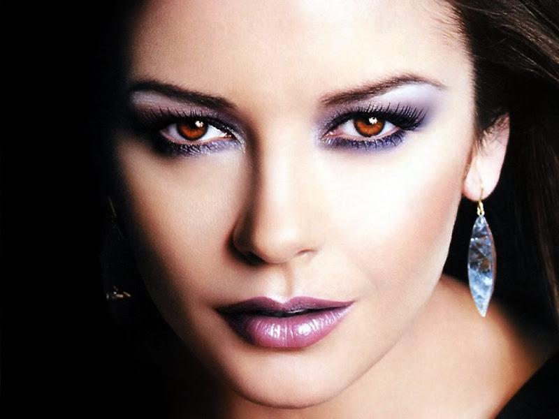 Catherine Zeta-Jones has beautiful almonds eyes. title=