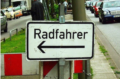 Image of bicyclist directional sign in Germany