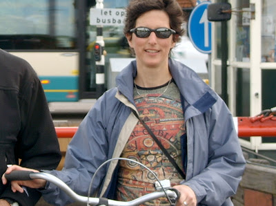 Image of cyclist Maggie Robbins