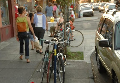 Image of bicycles parked on street in Portland, Oregon