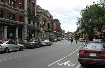 Image of bike lanes in Cambridge, Massachusetts
