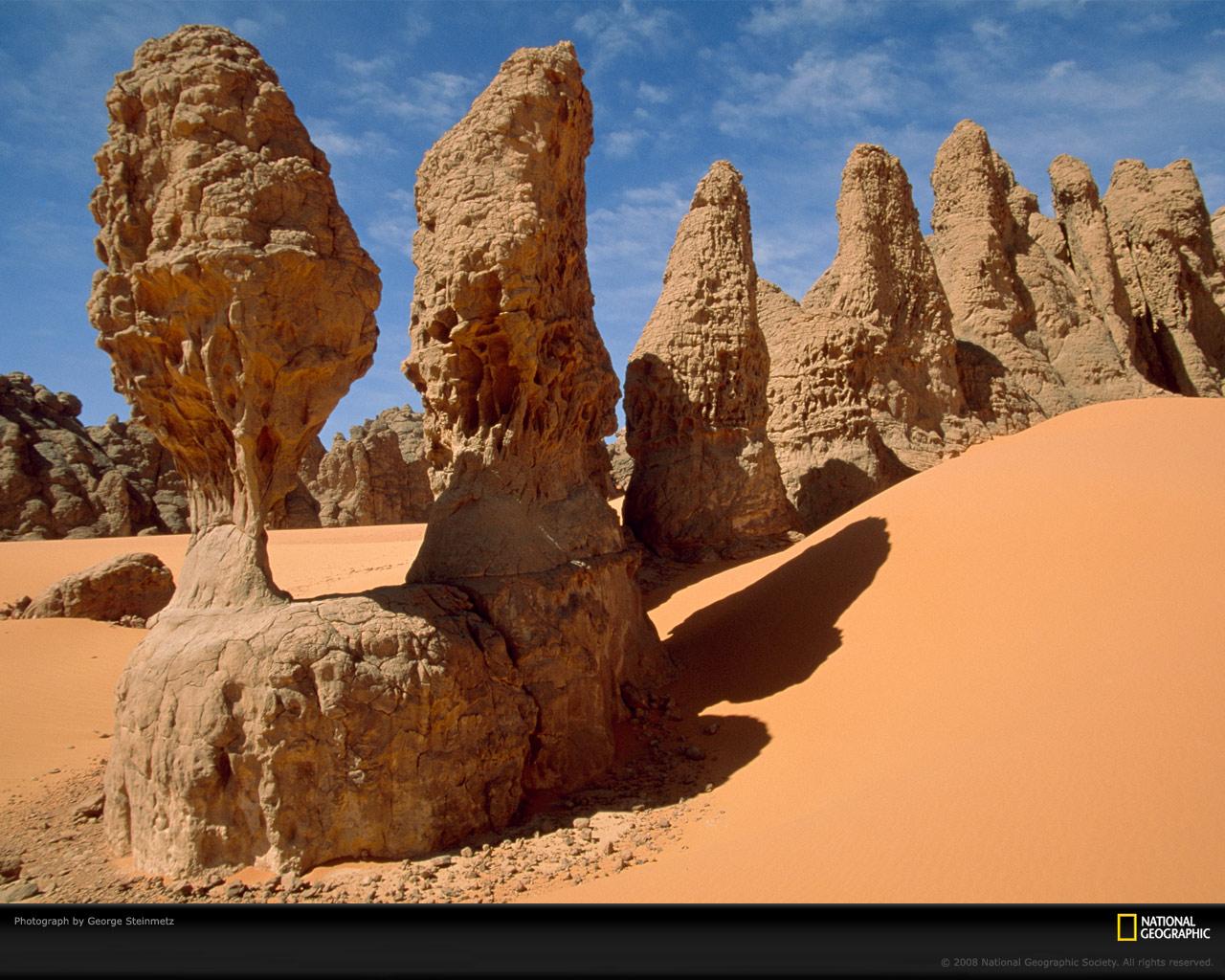 Desert Rock Pillars : Sahara desert north africa