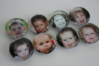 http://www.eatpraycreate.com/2008/08/photo-fridge-magnets.html