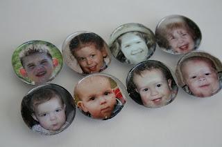 http://www.eatpraycreate.com/2008/08/photo-fridge-magnets.html