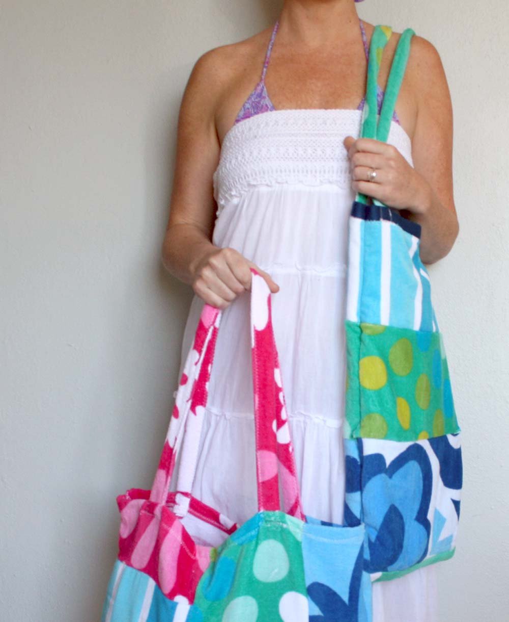 alisaburke: Beach Towel Tote Tutorial