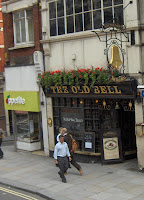 15-Pub The Old Bell