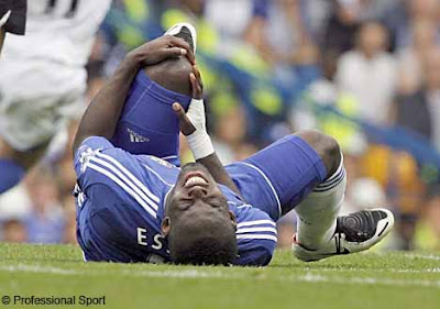Chelsea midfielder Michael Essien has been ruled out of action for