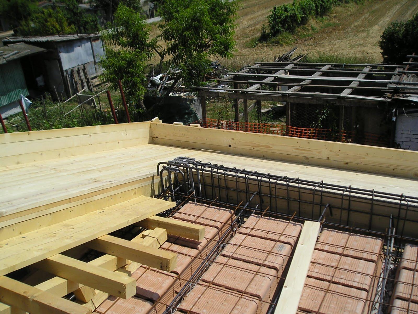 Promura romagna srls servizi tecnici per per la casa progetti tecnici muratori e artigiani - Cornicione casa ...