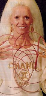 Lee Redmond Longest Nails in the World