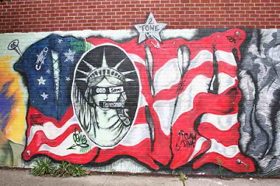 Graffiti Murals, Graffiti Street Art, Graffiti waving American flag graphics