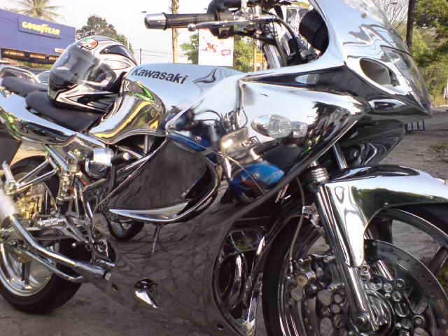 Kawasaki Ninja Rr 150. Kawasaki Ninja 150 RR Chrome