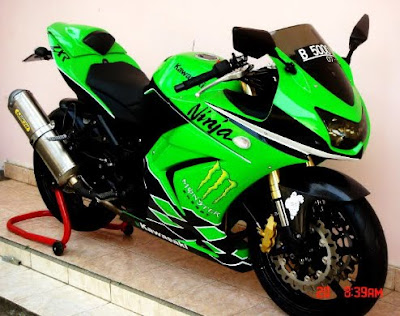 Modifications Kawasaki Ninja 250 | Upside Down | Cutting Sticker