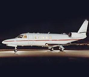 Gulfstream 100 jet plane
