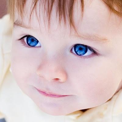 Garota dos olhos azuis