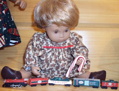 Click photo for a better look at this darling train set.
