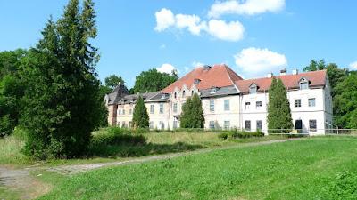 Mazury - cz. III - zapomniany pałac/Mazury Region - part III - a forgotten palace