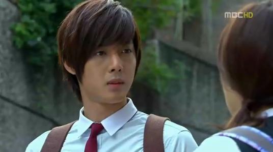 Seung Jo : Hanya hari ini, kita berangkat sekolah bersama, dan jangan