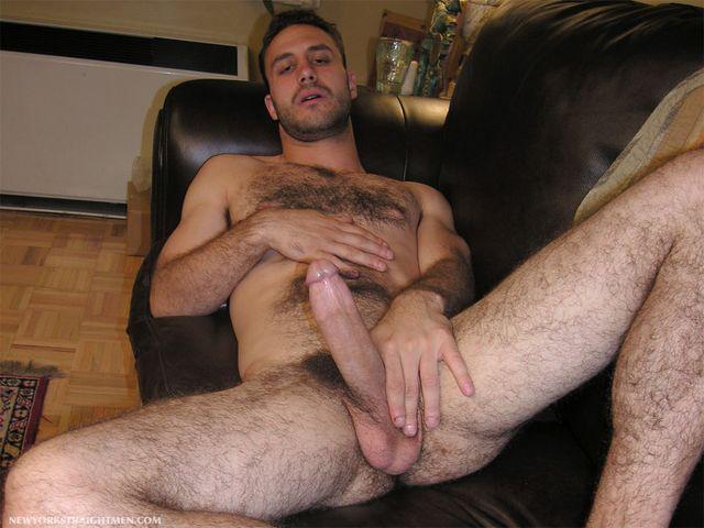 Hombres peludos y carnosos