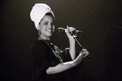 photo Neneh Cherry, cirKus, concert à l'Orangerie du Botanique, mercredi 14 mars 2007, photo dominique houcmant, goldo graphisme