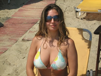 Labels: arab girl in bikini, arab Girls, Bikini Girls, Morroco Girls