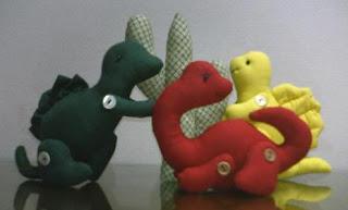 060106 0012 jquiltlove 724264 Canguru, dinossauro, esquilo, formiga, jacaré, rena, alce, tudo em feltro para crianças