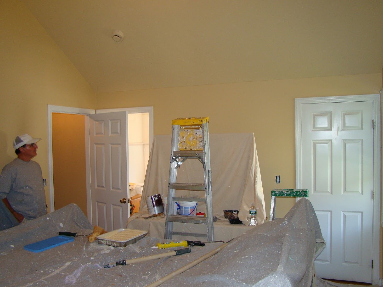 Painting cathedral ceilings for How to paint a cathedral ceiling room