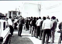 Aficionados del Algeciras en las taquillas del viejo Mirador