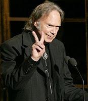 Vida longa a Neil Young