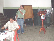 Rubén socializa el Plan de Mejoramiento, Alirio en primer plano
