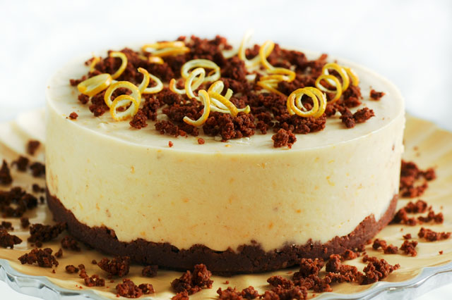 Just take a look at this Orange Chocolate Cheesecake!