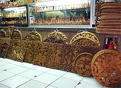 Wood Handicraft Elegant Furniture-022