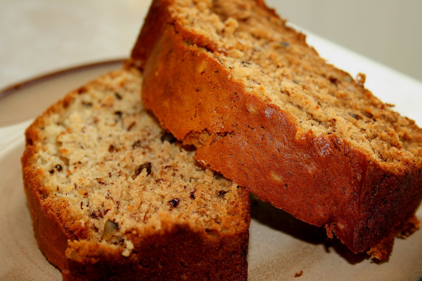 Low Fat Banana Nut Bread - Hungry Pussy