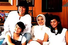 Keluraga Kami Mencintai NKRI: Ikang Fawzi & Marissa Haque