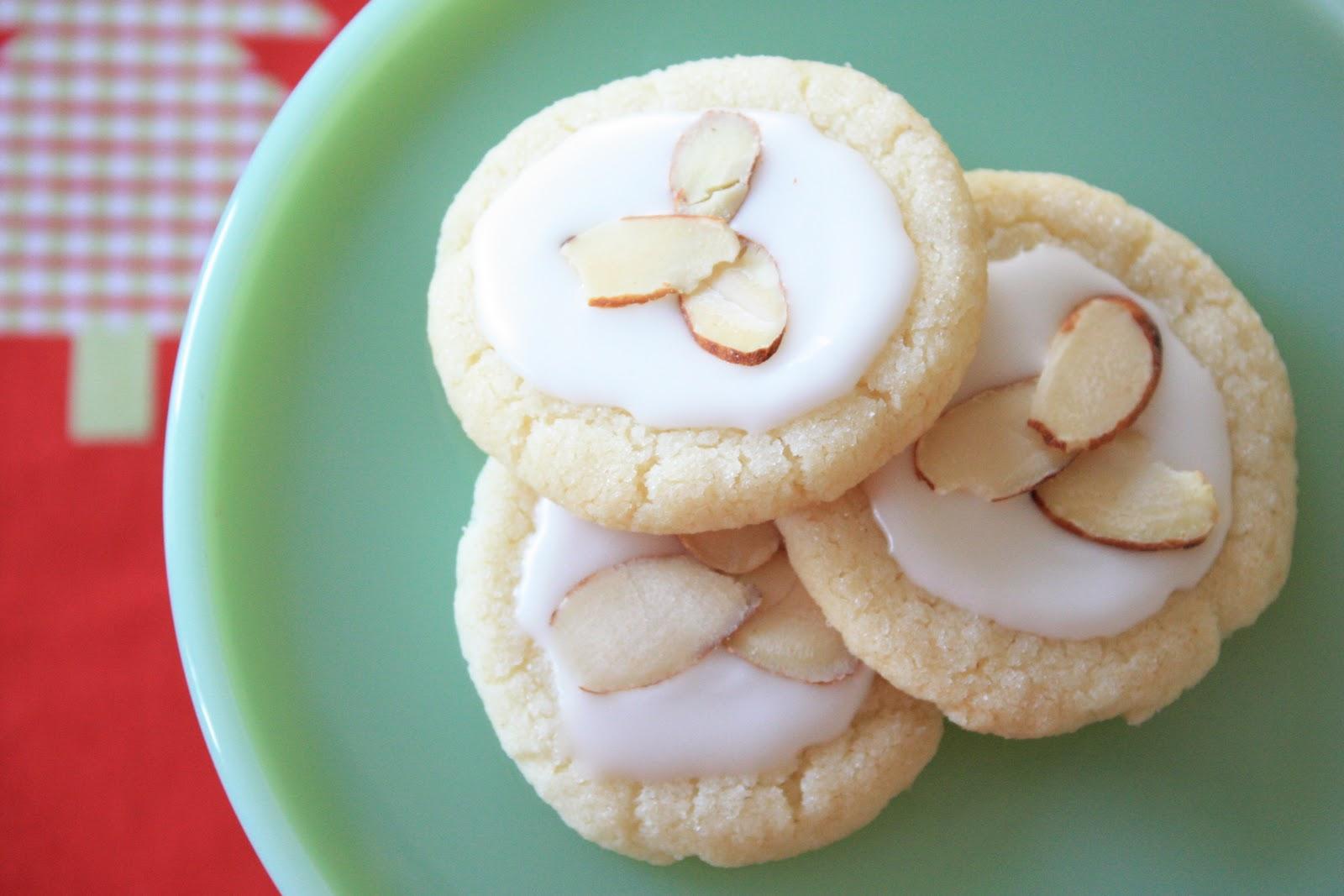 Munchkin Munchies: Almond Glazed Sugar Cookies