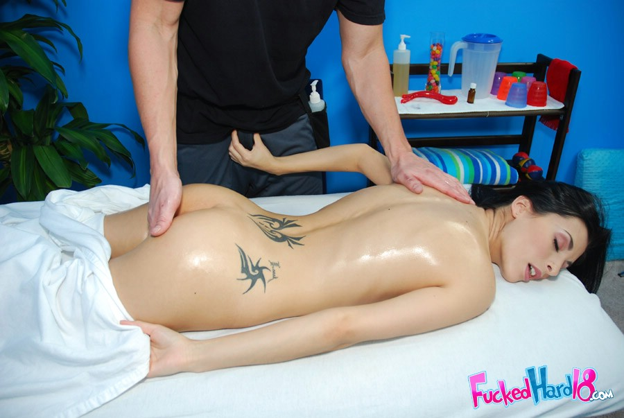 Massage xxx naked