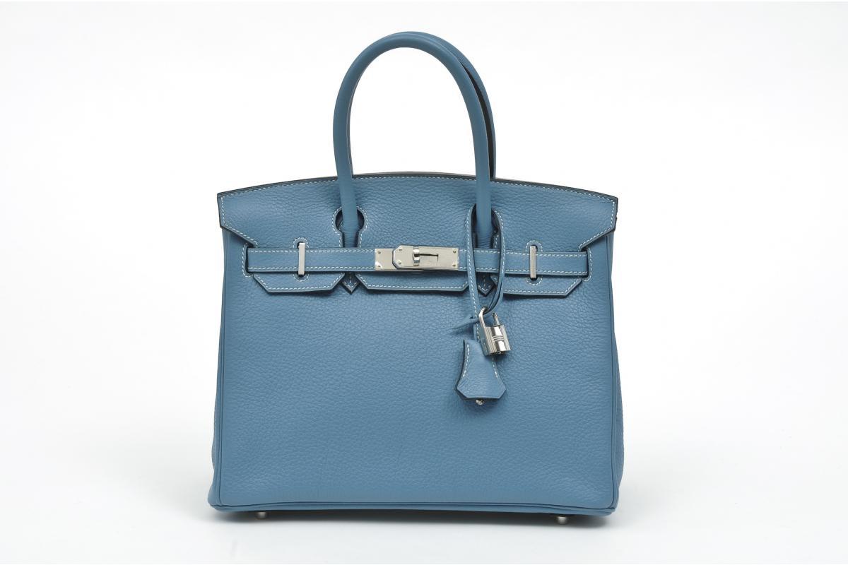 http://1.bp.blogspot.com/_jx0QfnImjRE/TVGaqYM5pbI/AAAAAAAAALU/yHqp45dHxKY/s1600/hermes-birkin-bag-blue-jean-1.jpg