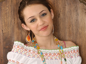 Miley Cyrus Beautiful Hollywood Actress 2012 http://hollywoodactress2012.blogspot.com
