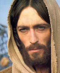 "Robert Powell presented a powerful, realistic portrayal of Christ in TV's ""Jesus of Nazareth."""