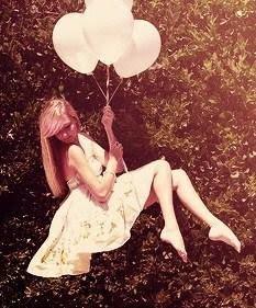 'E ainda que a realidade me limite... a fantasia dos meus sonhos me PERMITE!