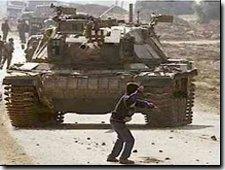 tanka karşı taş