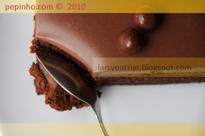 Mousse de chocolate con albaricoque