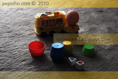 Algunos juguetes de Teo esperan a ser atendidos en Ferrol (Navidad 2009-10