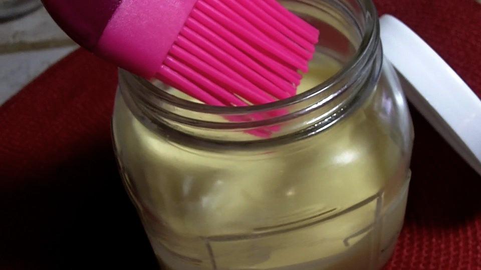 Homemade Baking Spray Recipe Pan Release Spray