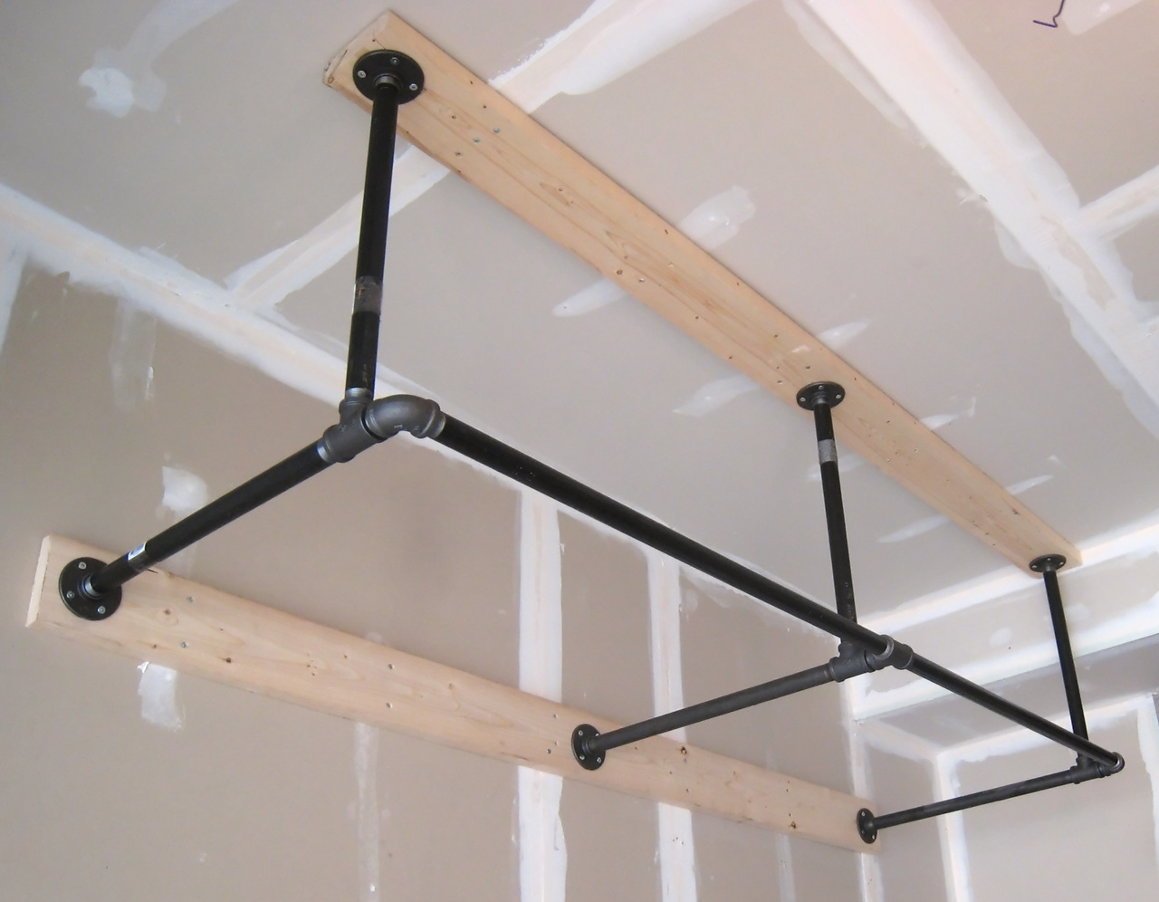 Homemade Pull Up Bar