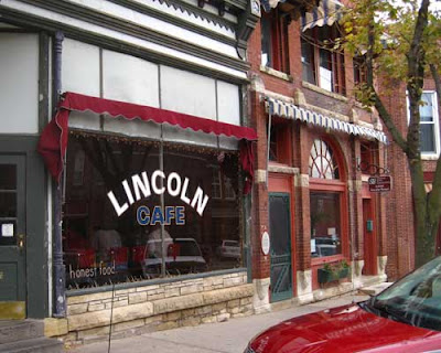 Lincoln Cafe in Mount Vernon, Iowa