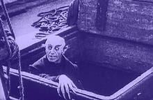 Nosfératu sort du cercueil