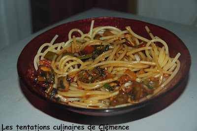 Spaghettis A La Chinoise Au Petit Gout Aigre Doux Une Sauce