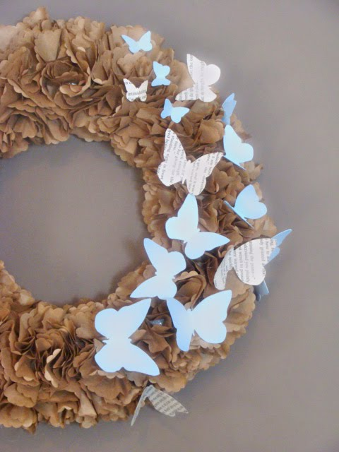 [butterfly+wreath]