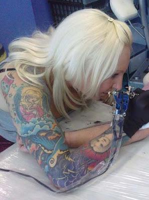 Beki Blade, tattoo artist. Naomi Dawson, artist