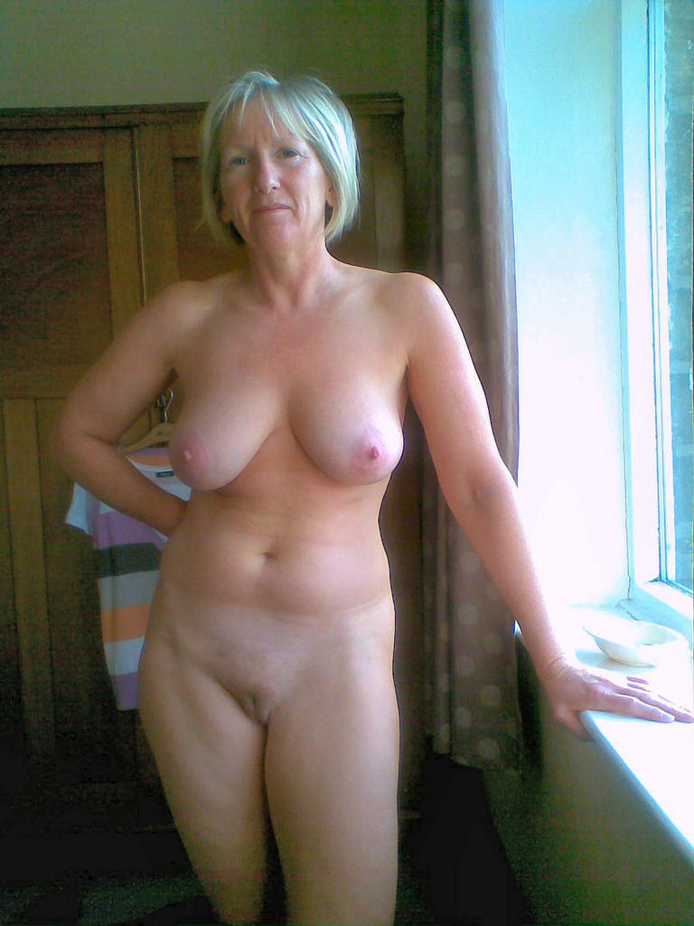 Naked elderly ladies